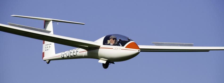 Glider Landing - LS3 17